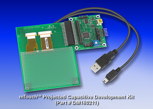 Комплект разработчика mTouch Projected Capacitive Development Kit